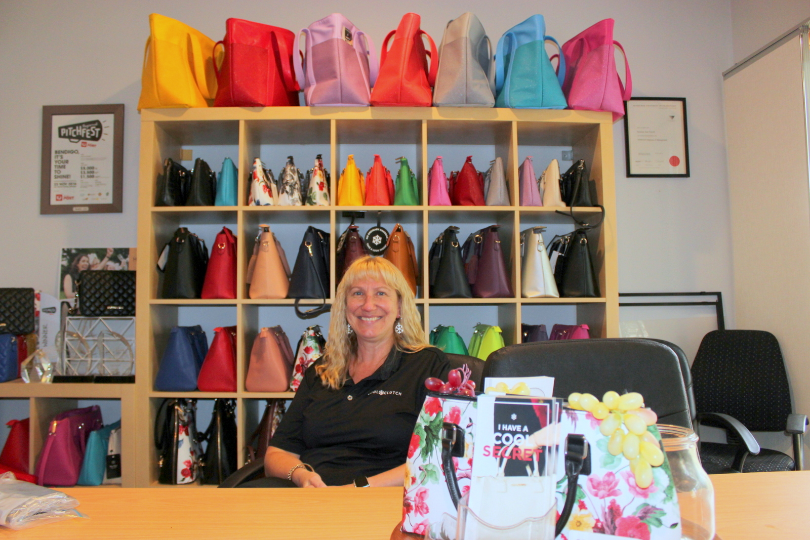 Suzanne Carroll sells Cool Clutch women's handbags, cool by name and cool by nature!