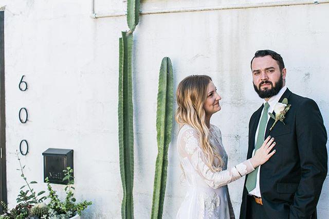 'Anam Cara' Gabrielle + Tucker |  Venue: @sixhundredking • • • #jacksonville #weddingphotographer #ilovejax #weddingphotography #igersjax #duval #jax #onlyinjax #voidlive #onlyinduval #weddinginspiration #904 #weddingday #sixhundredking #904happyhour #theknot #jaxbeach #bride #weddingphoto #jacksonvillefl #groom #weddingdress #jacksonvillephotographer #junebugweddings #weddings #folioweekly #blue_sleeve