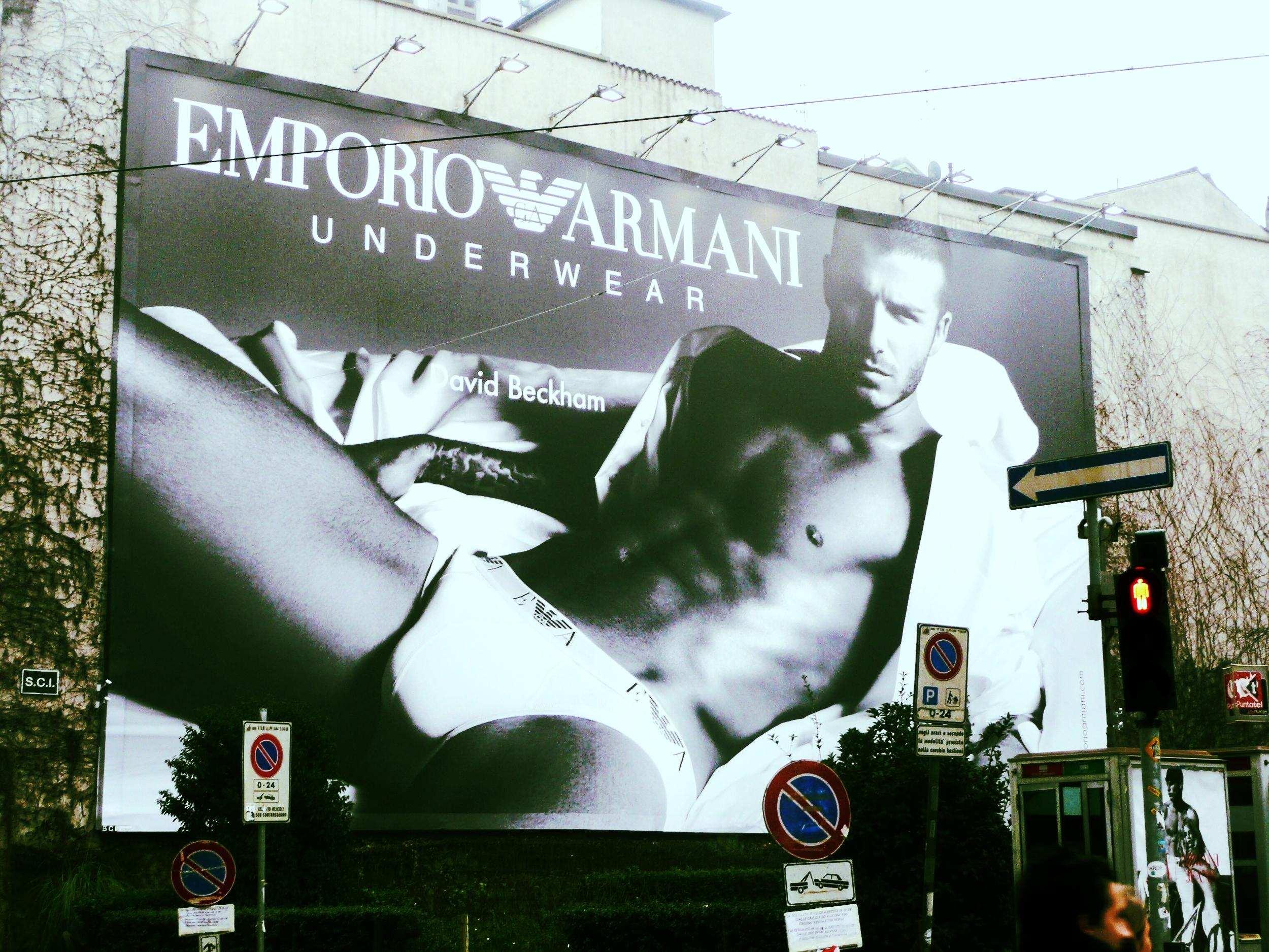 Armani, Milan
