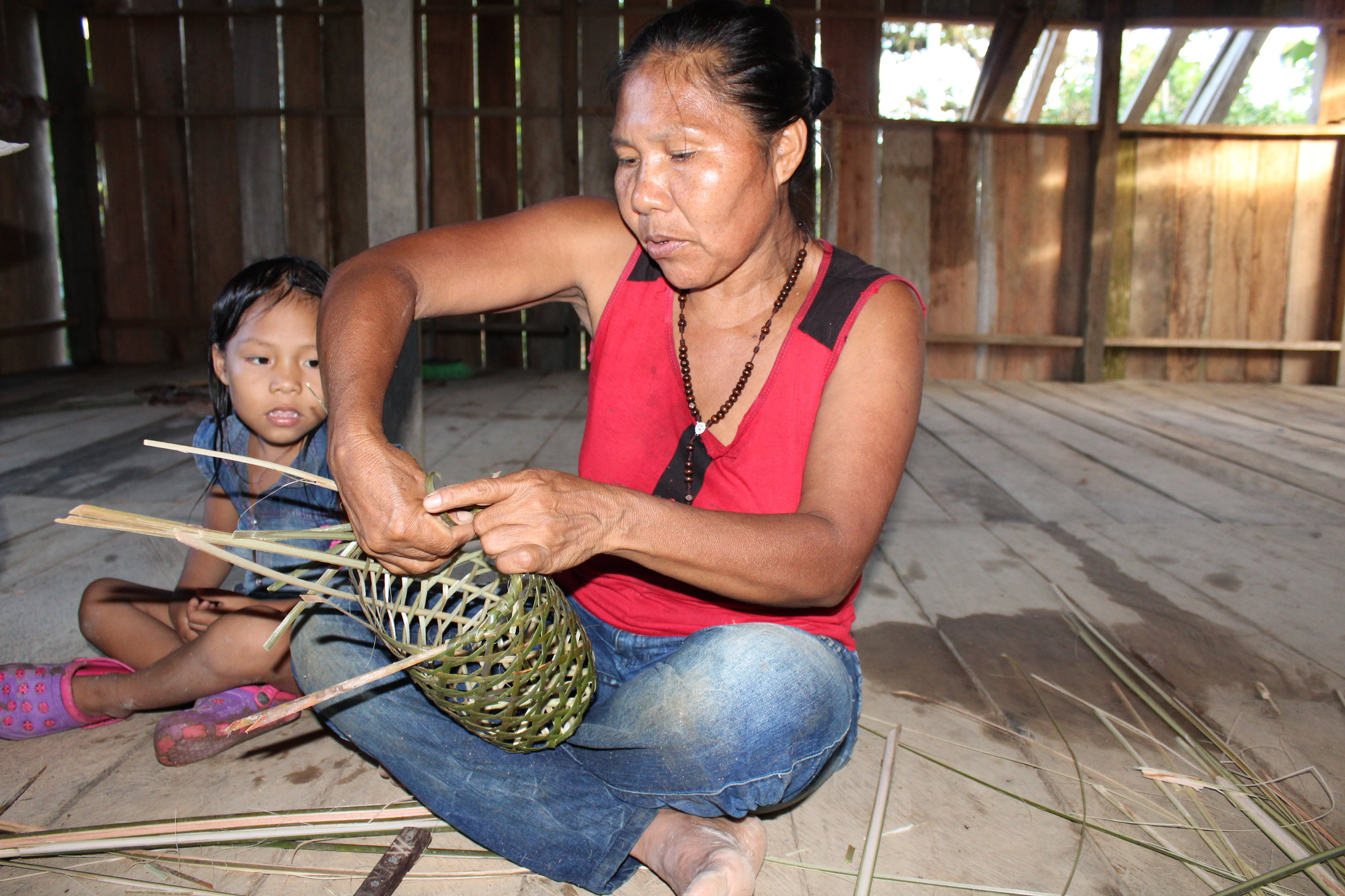 Learning to Weave Baskets, San Martin de Amacayacu