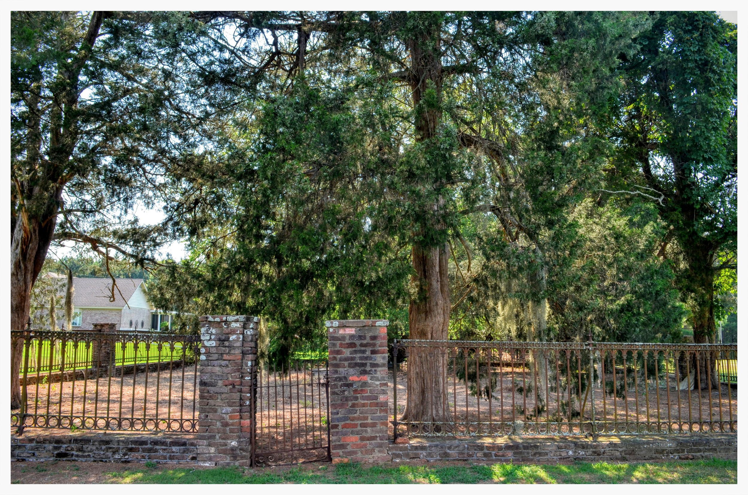 Old Augusta Cemetery gate, Montgomery, Montgomery County, Alabama