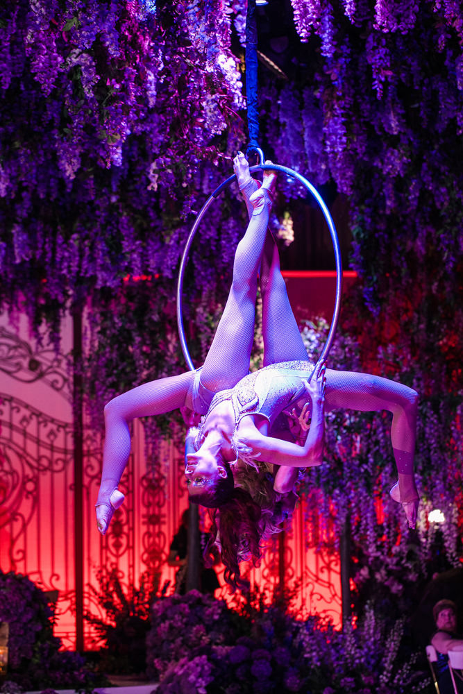 Cirque de Soleil inspired performers at wedding designed by Eddie Zaratsian Lifestyle and Design, Photo by Jessica Claire