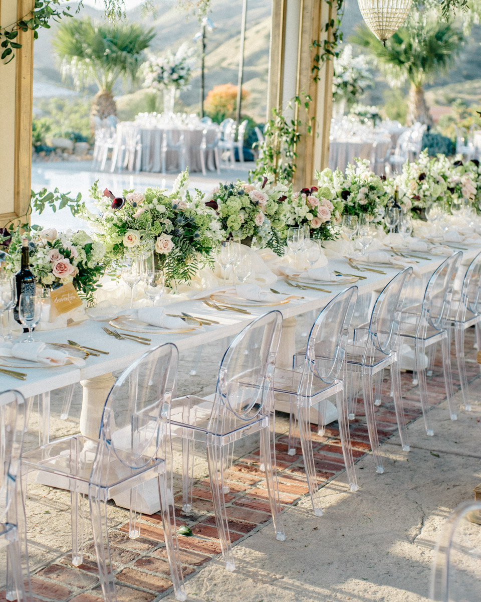 Wedding dinner table floral design by Eddie Zaratsian - Wedding at Hummingbird Nest Ranch