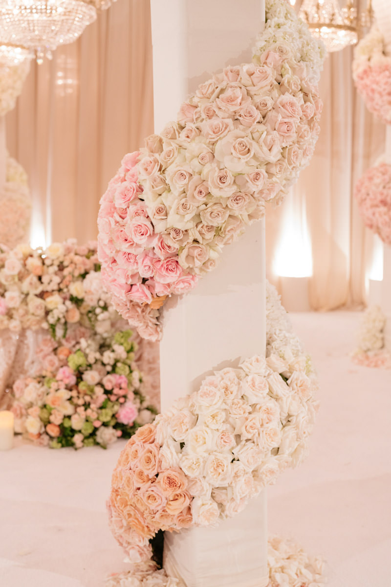 Pink and white rose wrapped column - wedding florals designed by Eddie Zaratsian, photo by Kris Kan