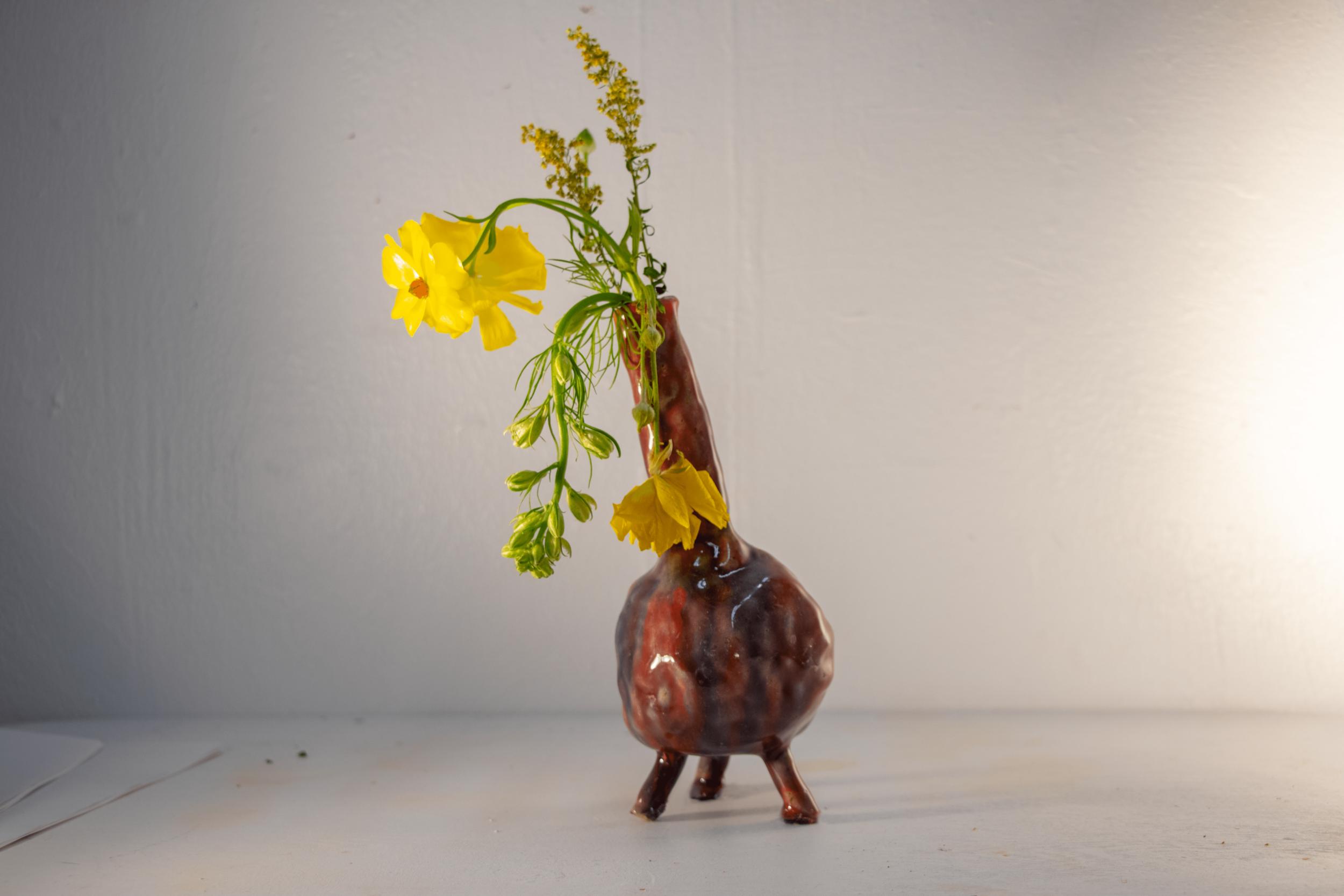 three legged race vase