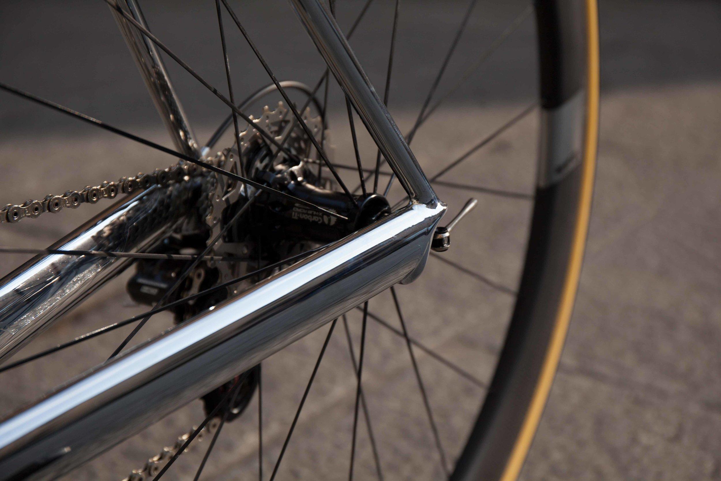 SB03-17044-Full-Bike-Chainstay.jpg