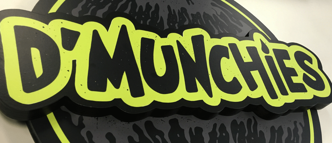 SCRIMWORKS_INTERIORS_WALL_GRAPHICS_MURAL_FROSTING_PRINTED_SIGNAGE_DMUNCHIES_1.png