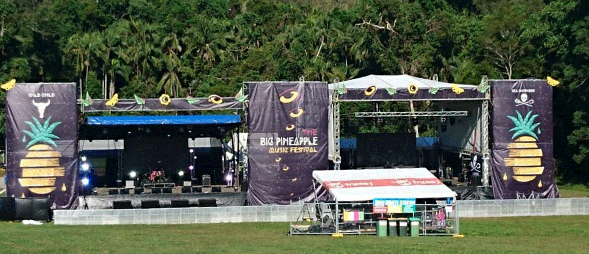SCRIMWORKS_EXTERIOR_PREMIUM_BANNER_MESH_SHADE_CLOTH_PRINTED_CONSTRUCTION_EVENTS_SIGNAGE_BIG_PINEAPPLE_FESTIVAL_2.png