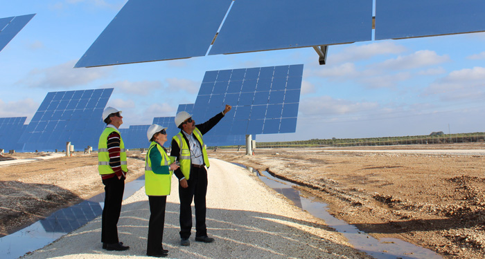 The Gemasolar power plant in Spain demonstrates that concentrated solar power is not something of the future, it's actually happening now. There's no reason we can't have large-scale solar plants like this in Australia too.