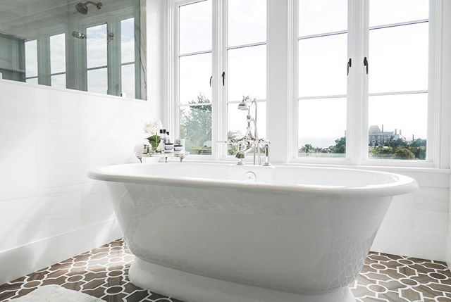 A little Thursday morning spa bathroom inspiration featuring our recent Ocean Drive project!
