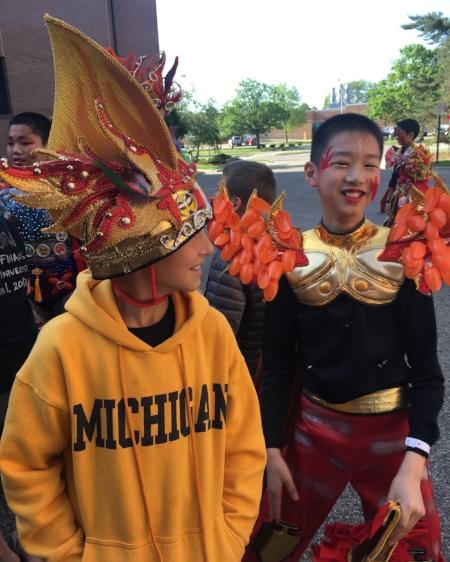 Superhero 1 and Chinese Team