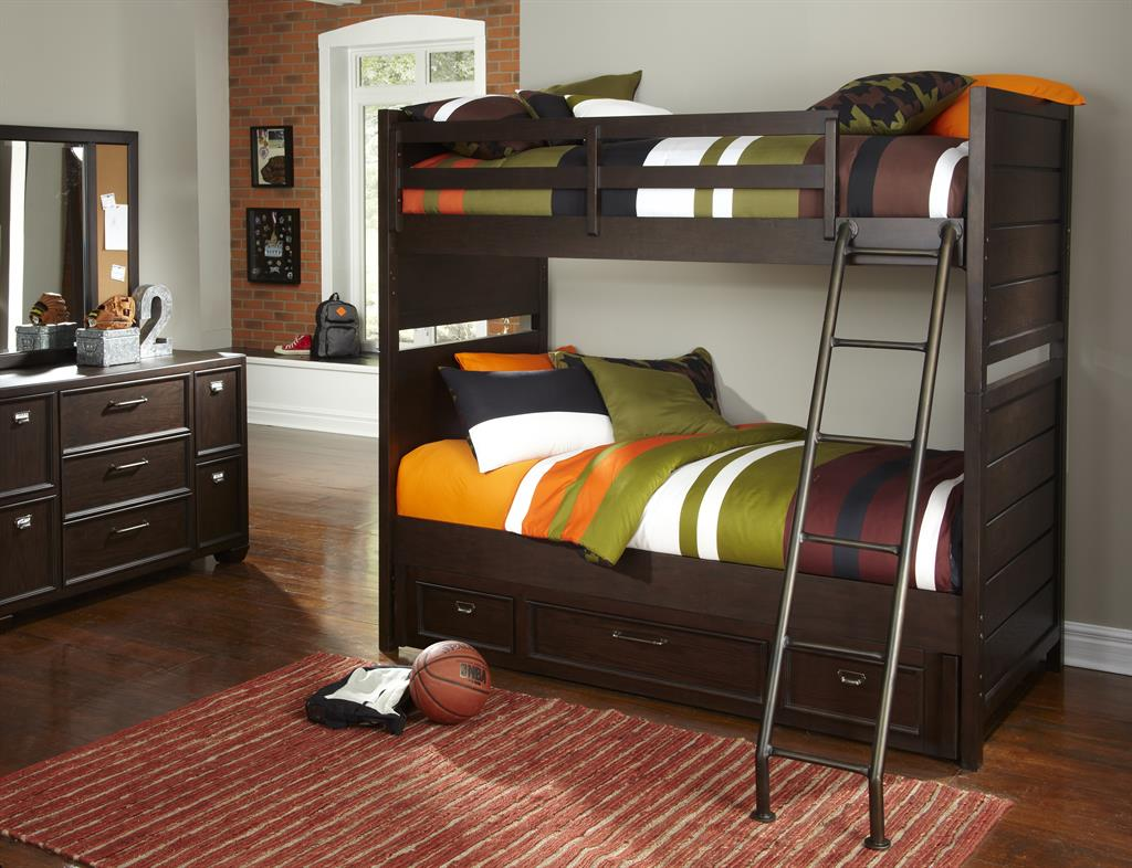 clubhouse bunk.jpg