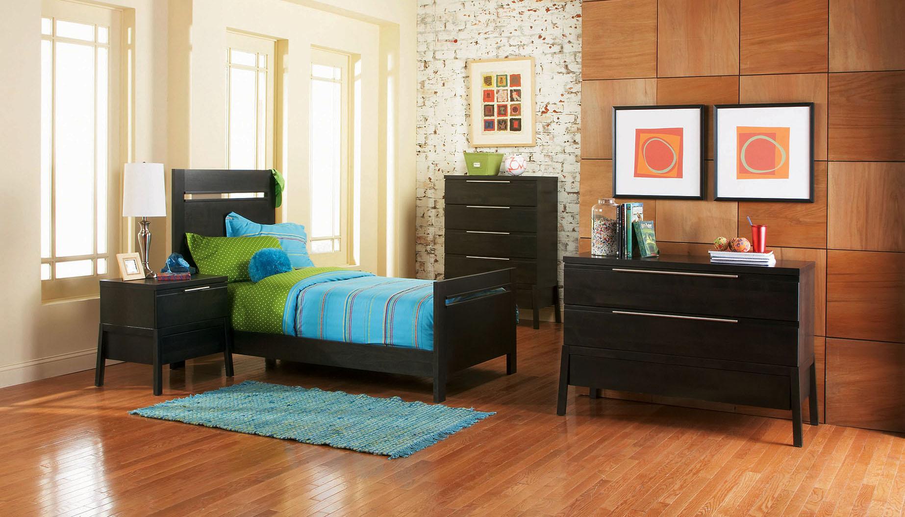 2400-Youth-bedroom small.jpg