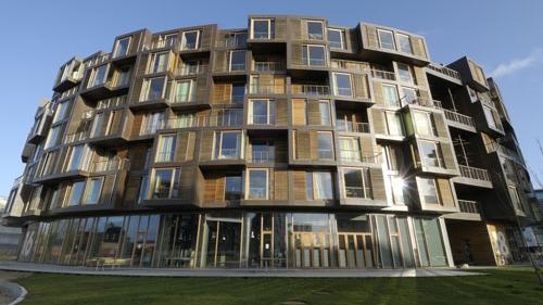 Container apartment 3.jpg