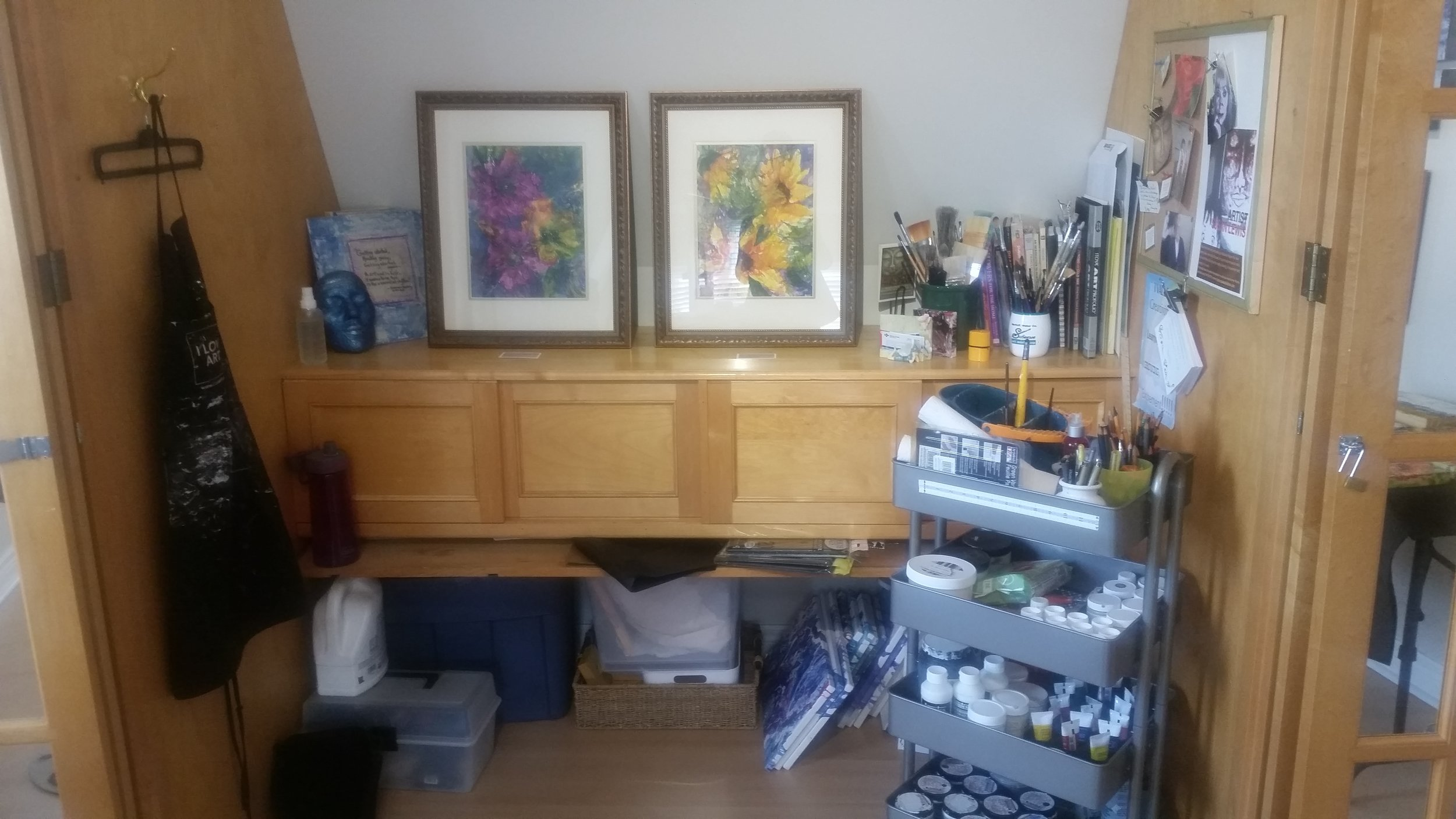 I loved this set up in Susan Lewis's studio.