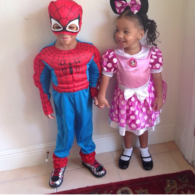Spiderman-and-Mini-Mouse.jpg