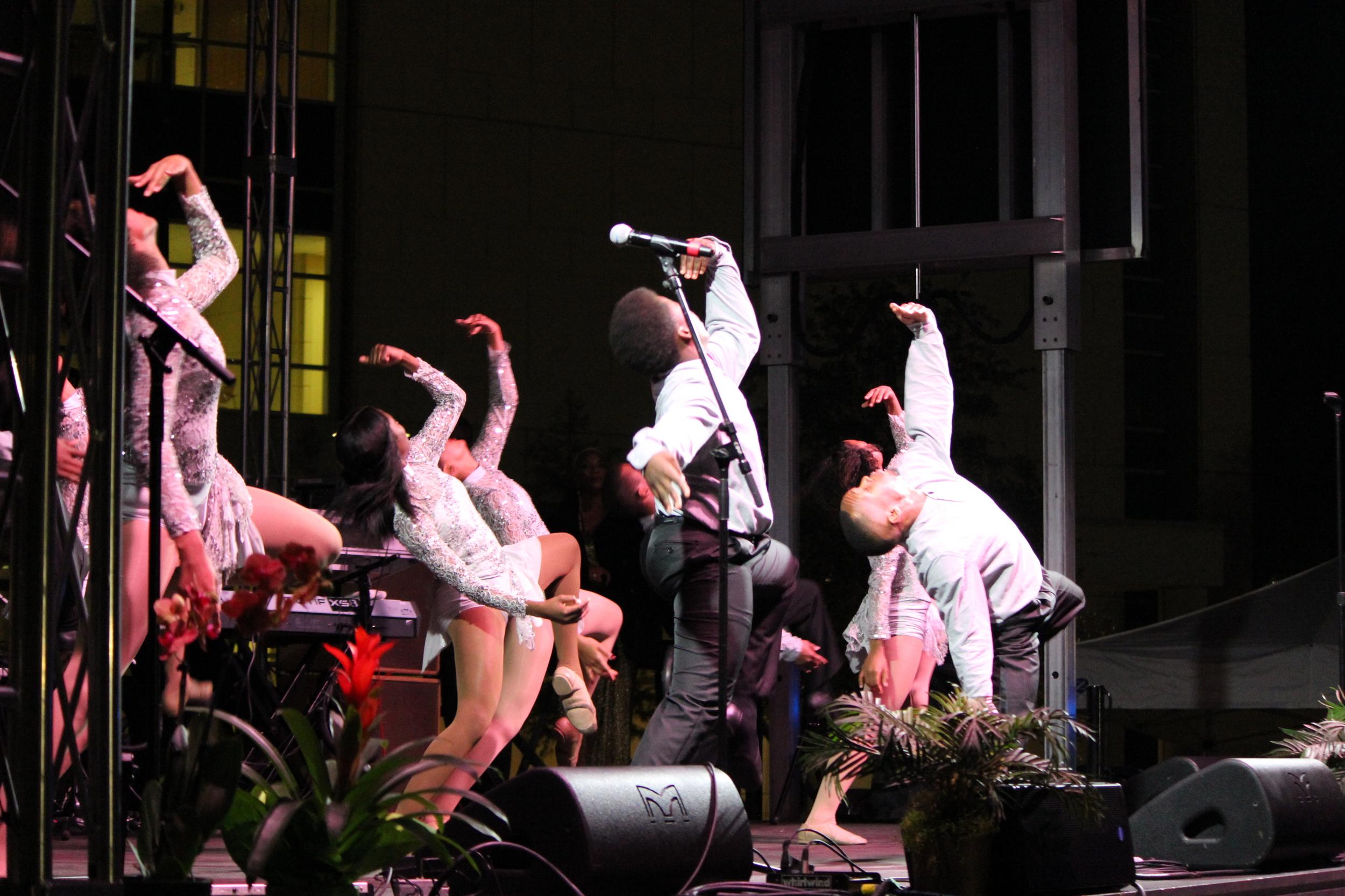 Dance-performance-1.jpg