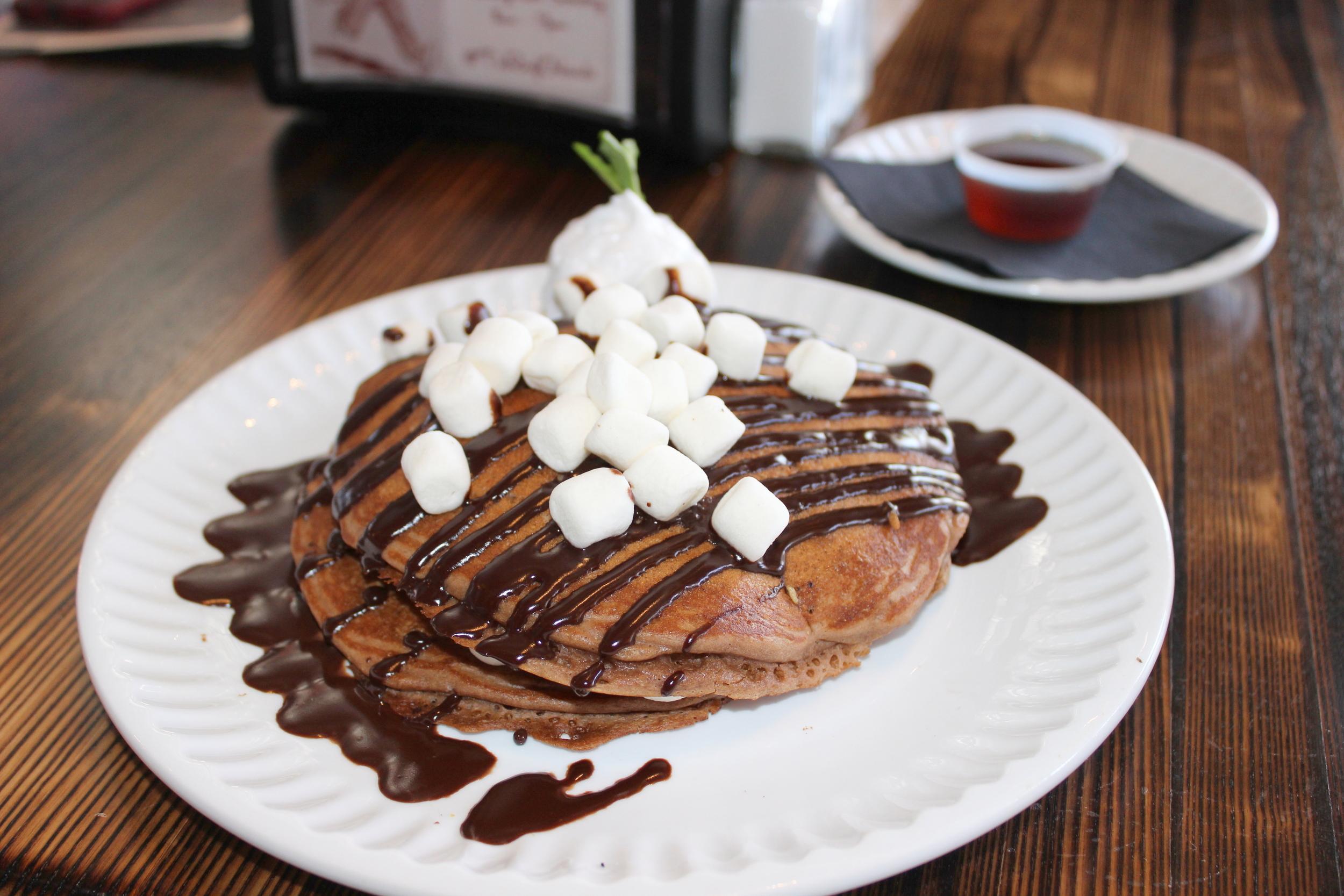 Hot-Chocolate-Pancakes.jpg