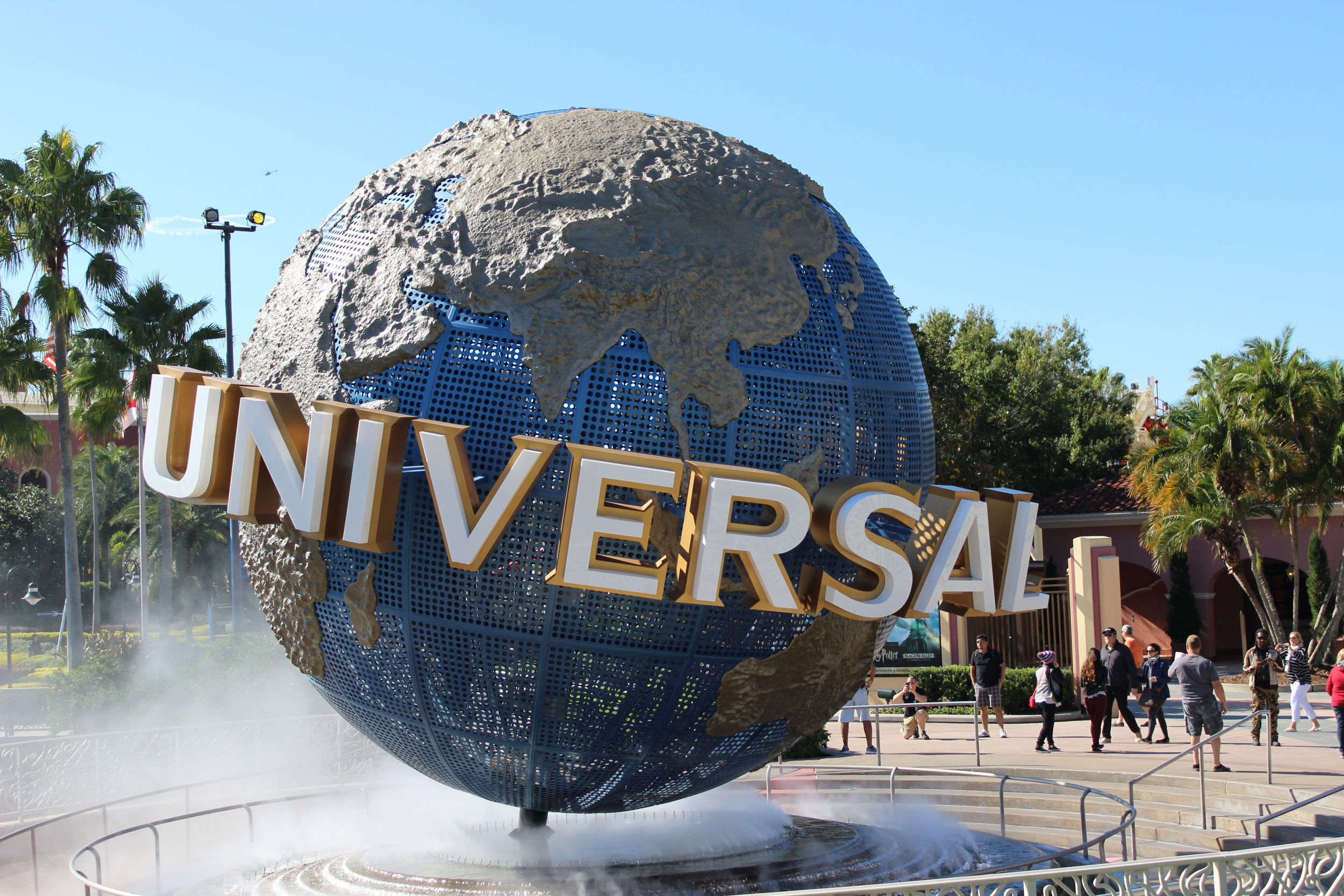 Universal-Sign.jpg