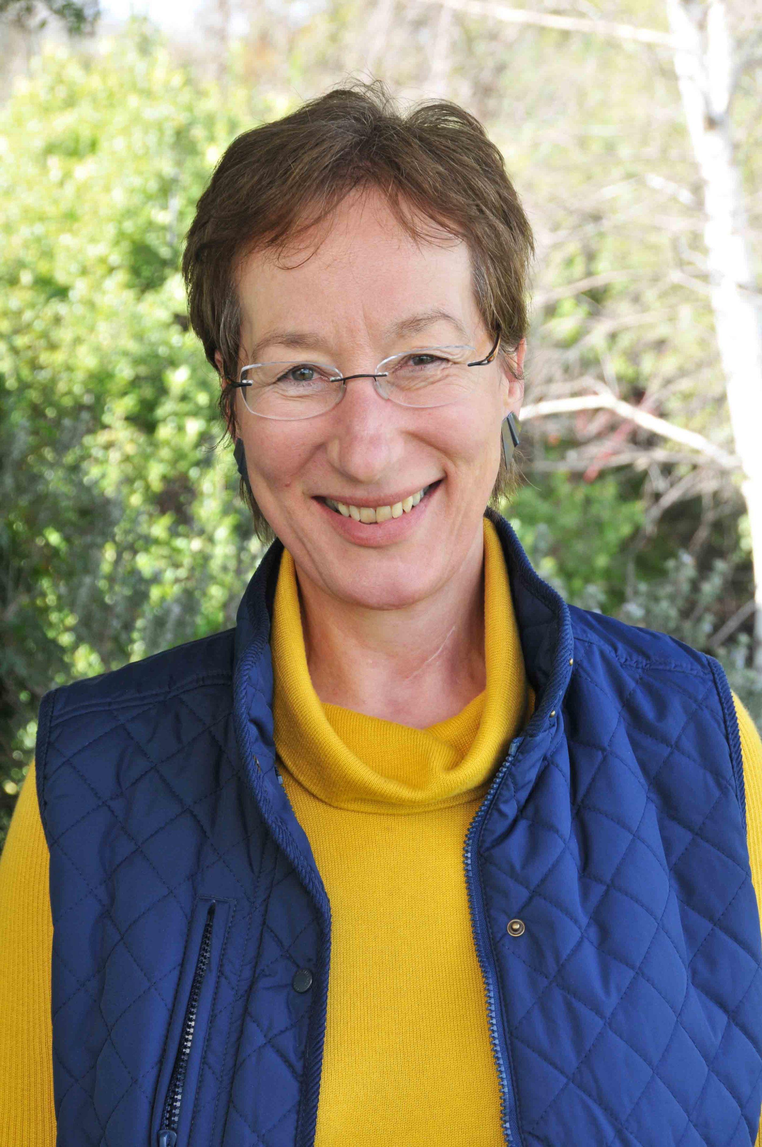 Doris Blaesing  Horticulture Specialist 0438 546 487