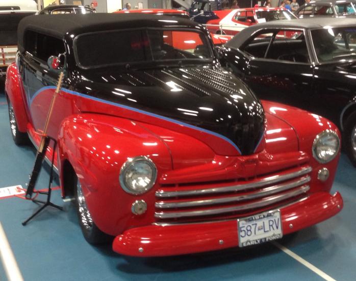 1947 Ford Hot Rod 3.jpg
