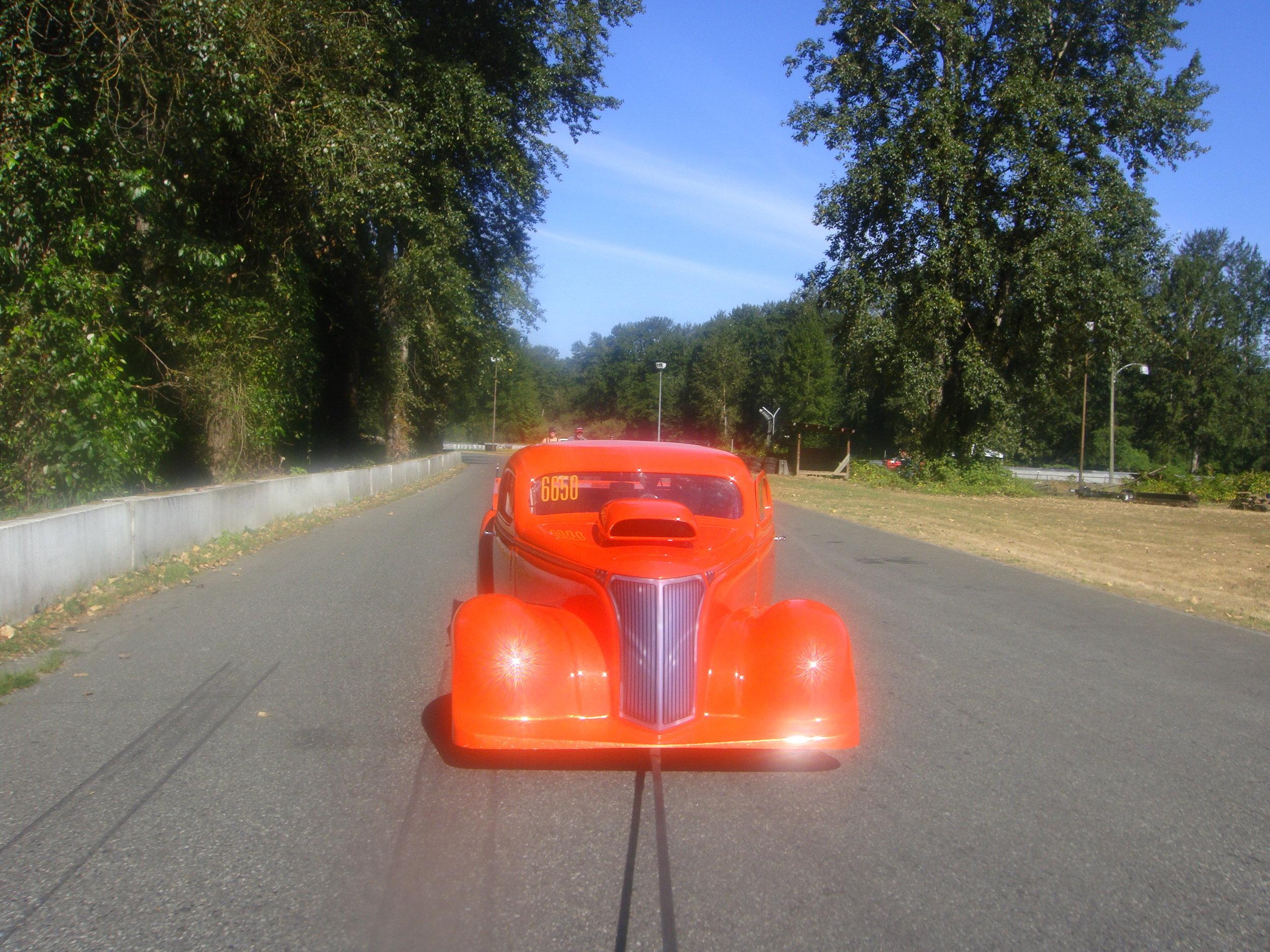 Pulling back on the return road.JPG