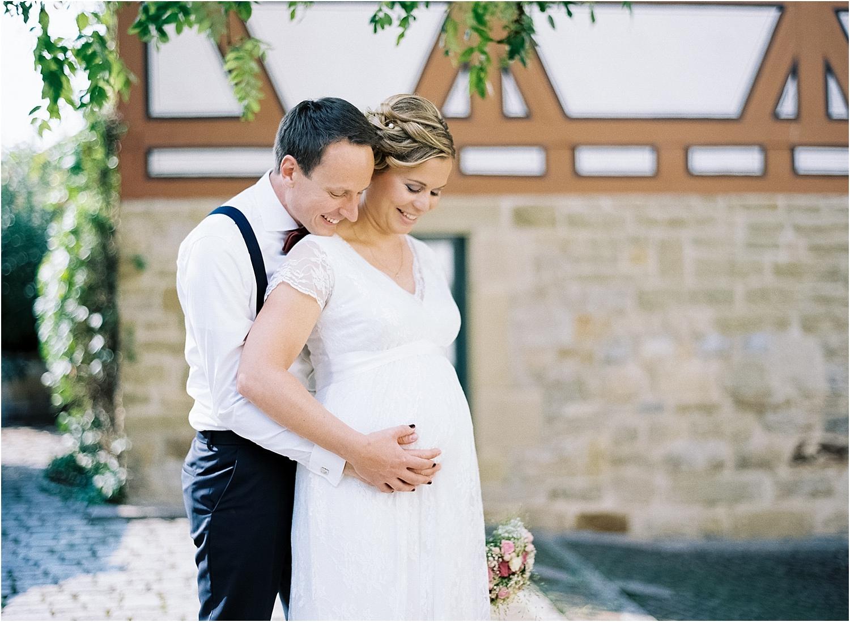 Hochzeitsfotograf-Stuttgart-Braut-schwanger.jpg