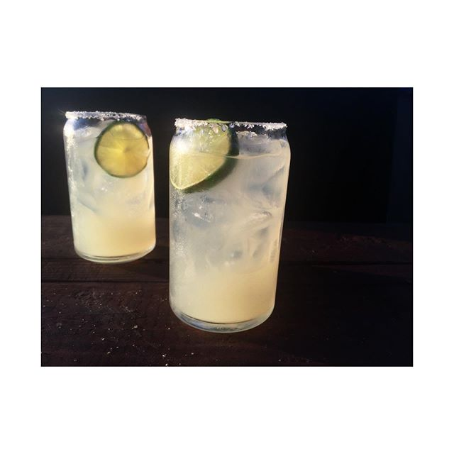 Coming to taco Tuesday already?!? Tag two other friends you'd like to share a margarita with and enter a chance to win a round on us! If they follow us your your entered in the running so be sure to let them know to follow; a round of 3 marg's are on the line! Winners will be announced at 4pm in our stories. 🦜🌮🍹