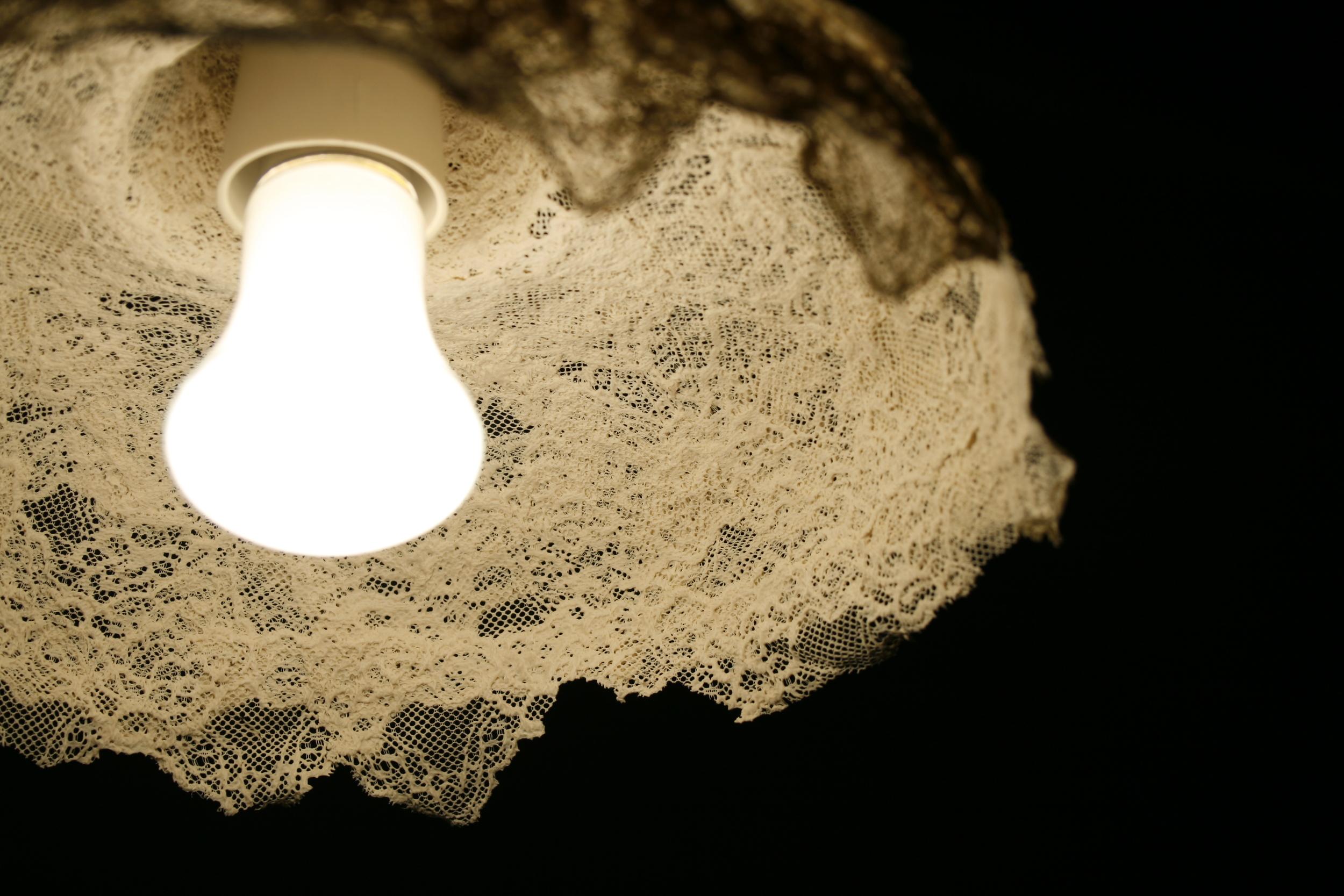 Madame Marie - Lace ceramic lampshade (detail)