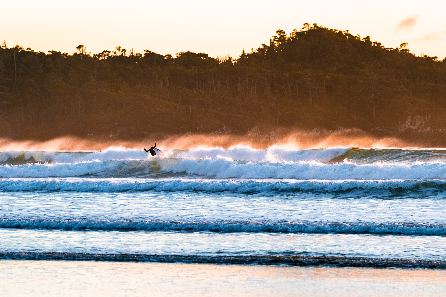 tofino_surf_photography_reed_platenius_sunset_canada_Vancouver_Isand_2018.jpg