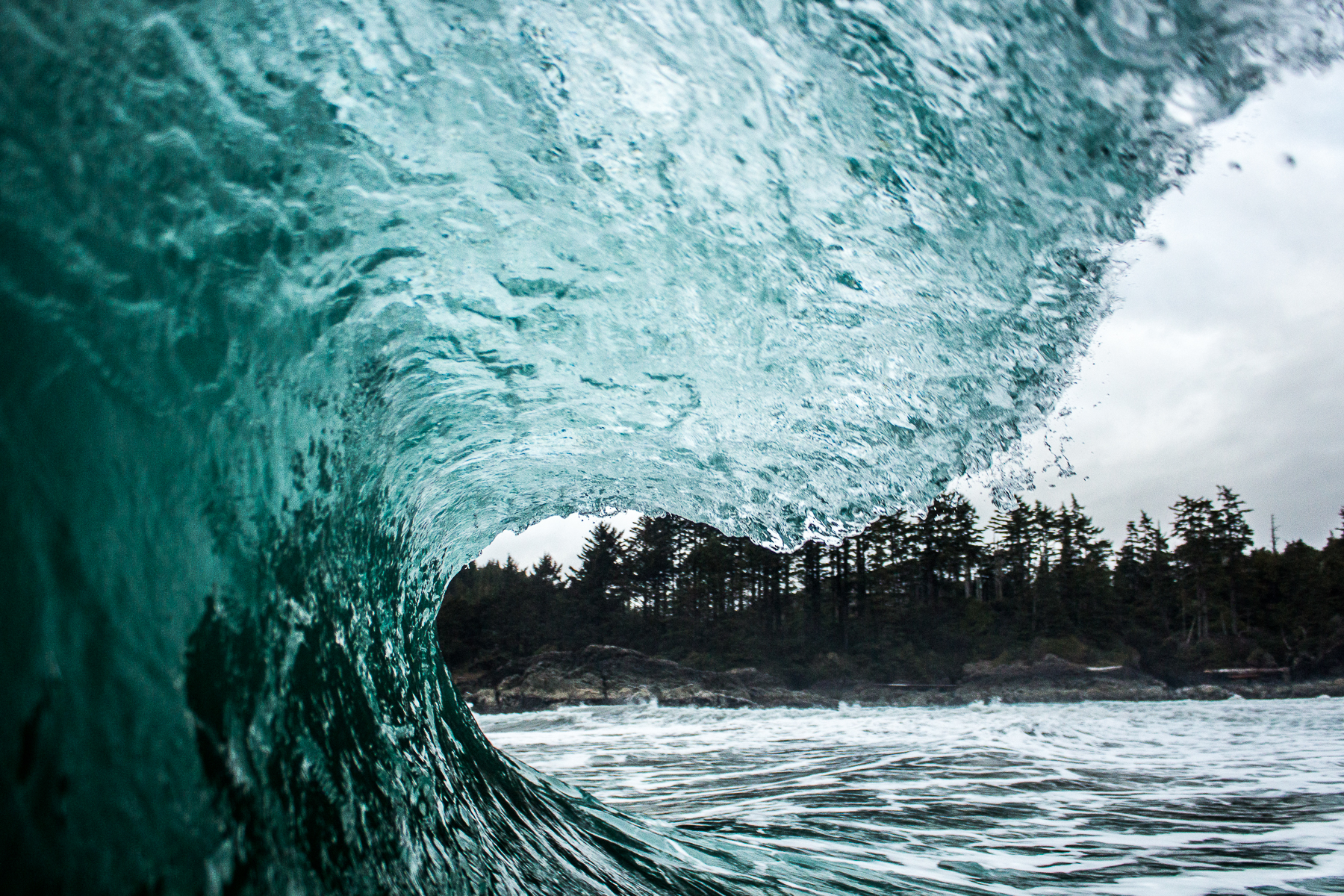 tofino_surf_photography-Left-vision-blue-2017.jpg