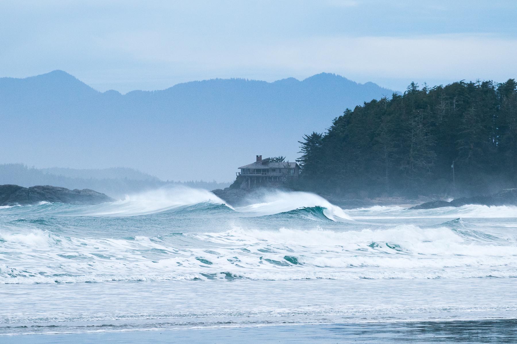 tofino_surf_photography-peak_of_winter_2019.jpg