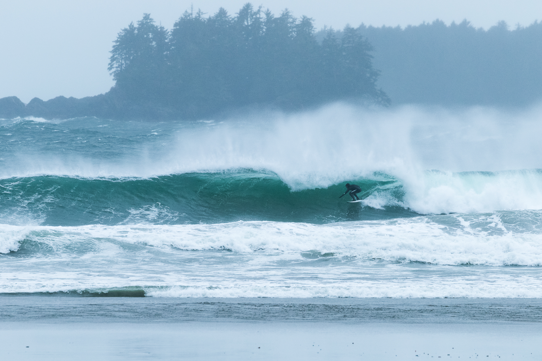 tofino_surf_photography-Frazer_Mayor-Winter_storm-Oneill.jpg