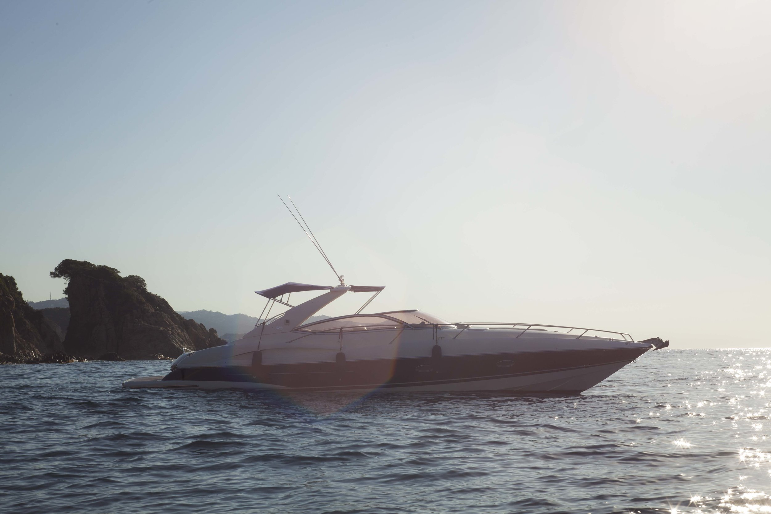 barco_de_alquiler_Sunseeker_en_Costa_Brava2.jpg