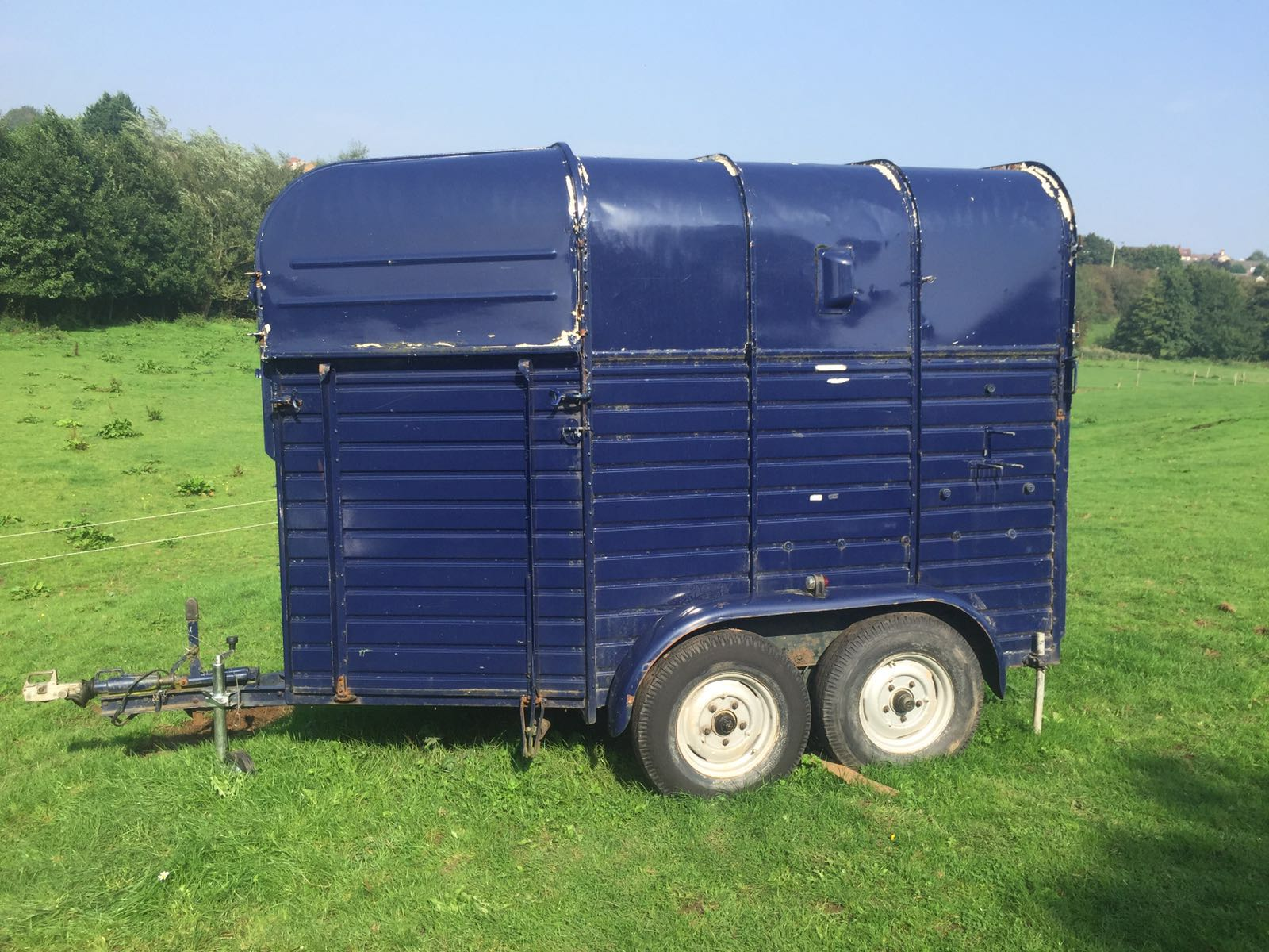 The horsebox was in a sorry state before the team got to work