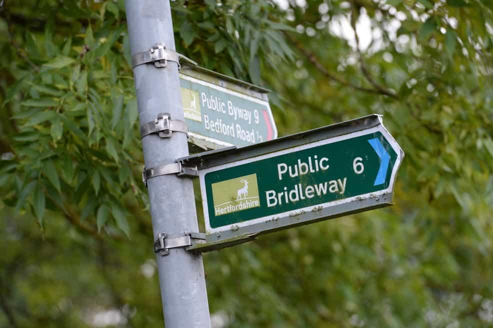 bridleway-sign