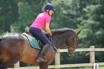 Breeches and jodhpurs should give your complete freedom of movement when you're riding