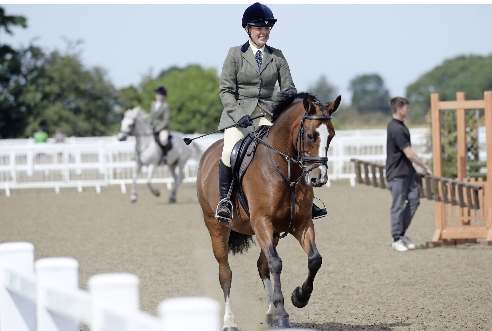 A familiar routine will help your horse stay chilled in the warm-up arena