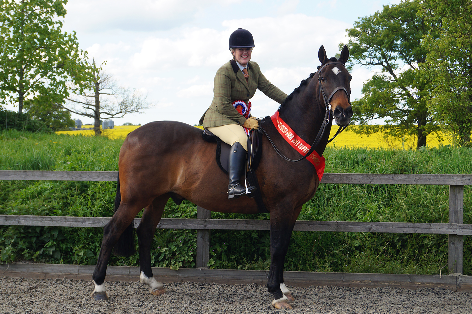 Supreme champions were Victoria Campbell from Colchester, Essex, and her 23-year-old Irish Draught Connemara cross, Moss Town Marz.