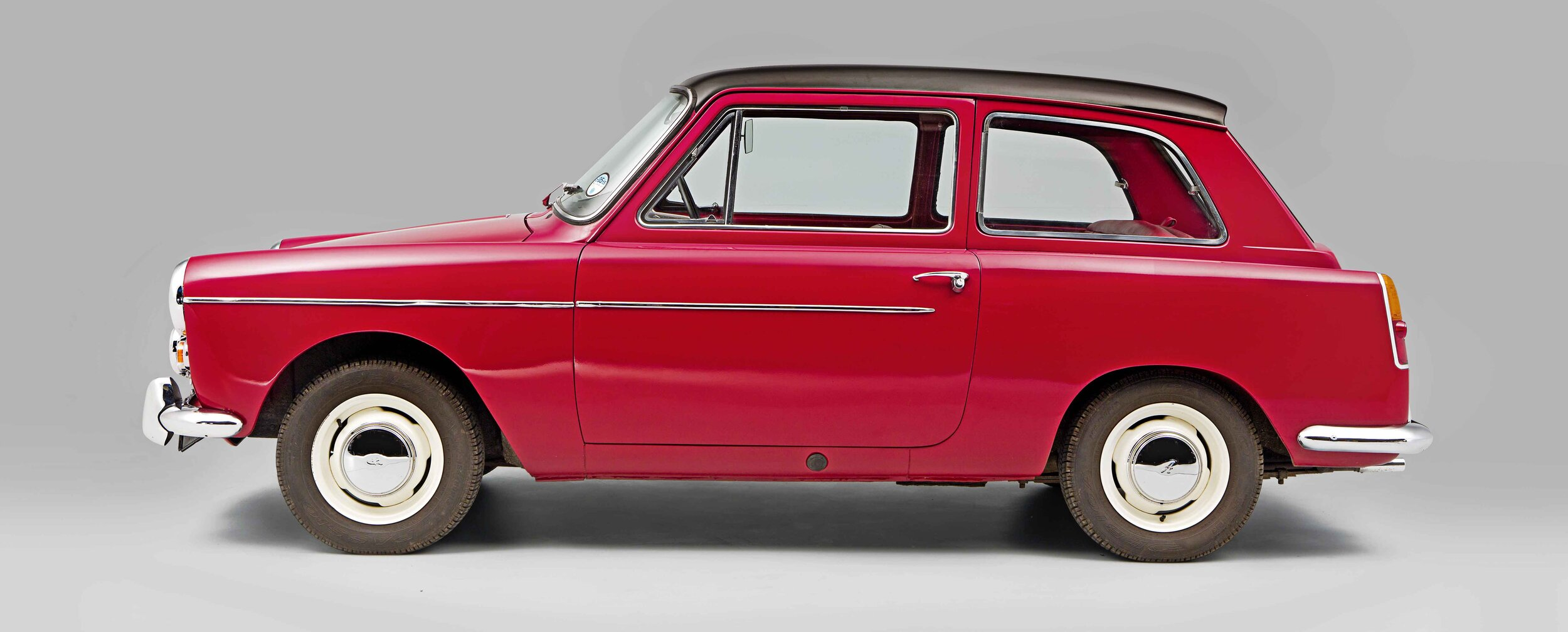 Few family cars of the Sixties have as much charm as the A40, in part thanks to its arrival in the late 1950s. That styling was courtesy of Pininfarina; this was the first BMC model to be designed by the legendary styling house. The A40 was also the world's first mass-produced hatchback, which offers even more usability than the regular saloon, although both cars share the same silhouette. The A40 shares many mechanical components with the A30/A35, MG Midget and Sprite, as well as engines and gearboxes from the Morris Minor, so parts supply is plentiful. We show you how to buy the best in the new issue of Practical Classics.