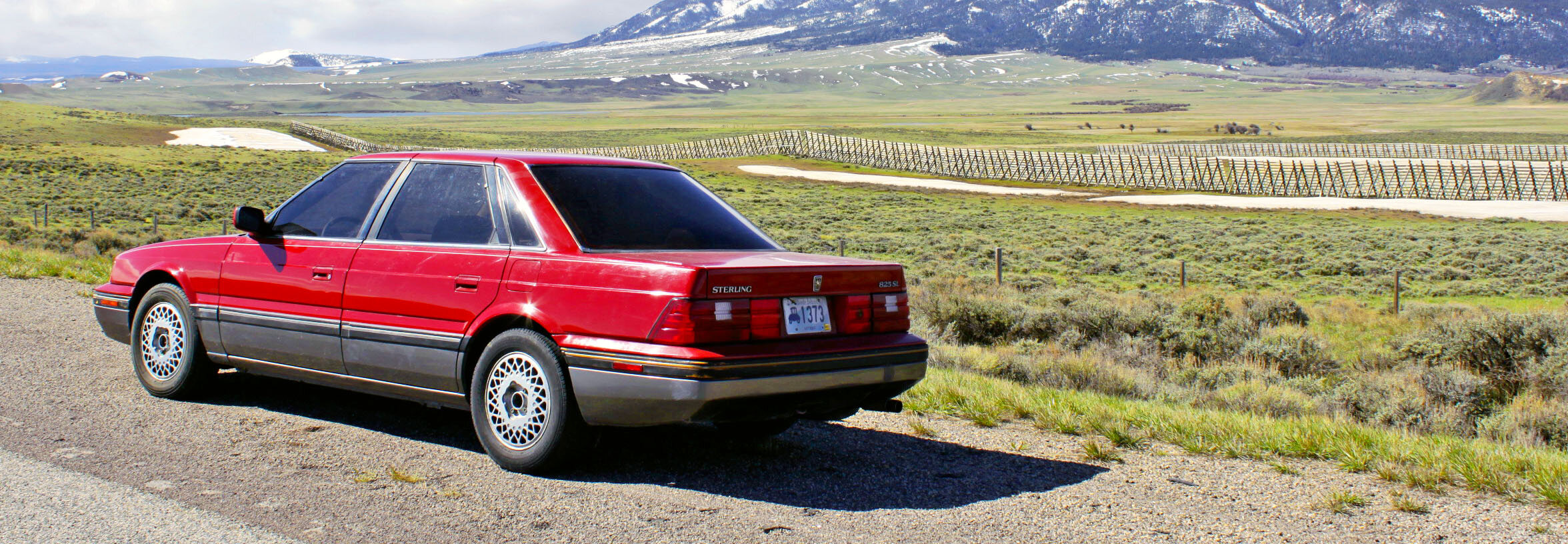 In similar fashion to the things we get up to at Practical Classics and with additional inspiration from road trip nutter Jim Magill (Fiat Panda in the Sahara, anyone?) our friends Chris Mercon and Tim Wade Jr sourced a rare US-spec Sterling (basically a Rover 800) and picked it up from a small dusty town in Idaho. The mission? To hand the keys to our Deputy Editor James Walshe, who would bring it back to Cowley – and perhaps even the NEC Classic Motor Show.