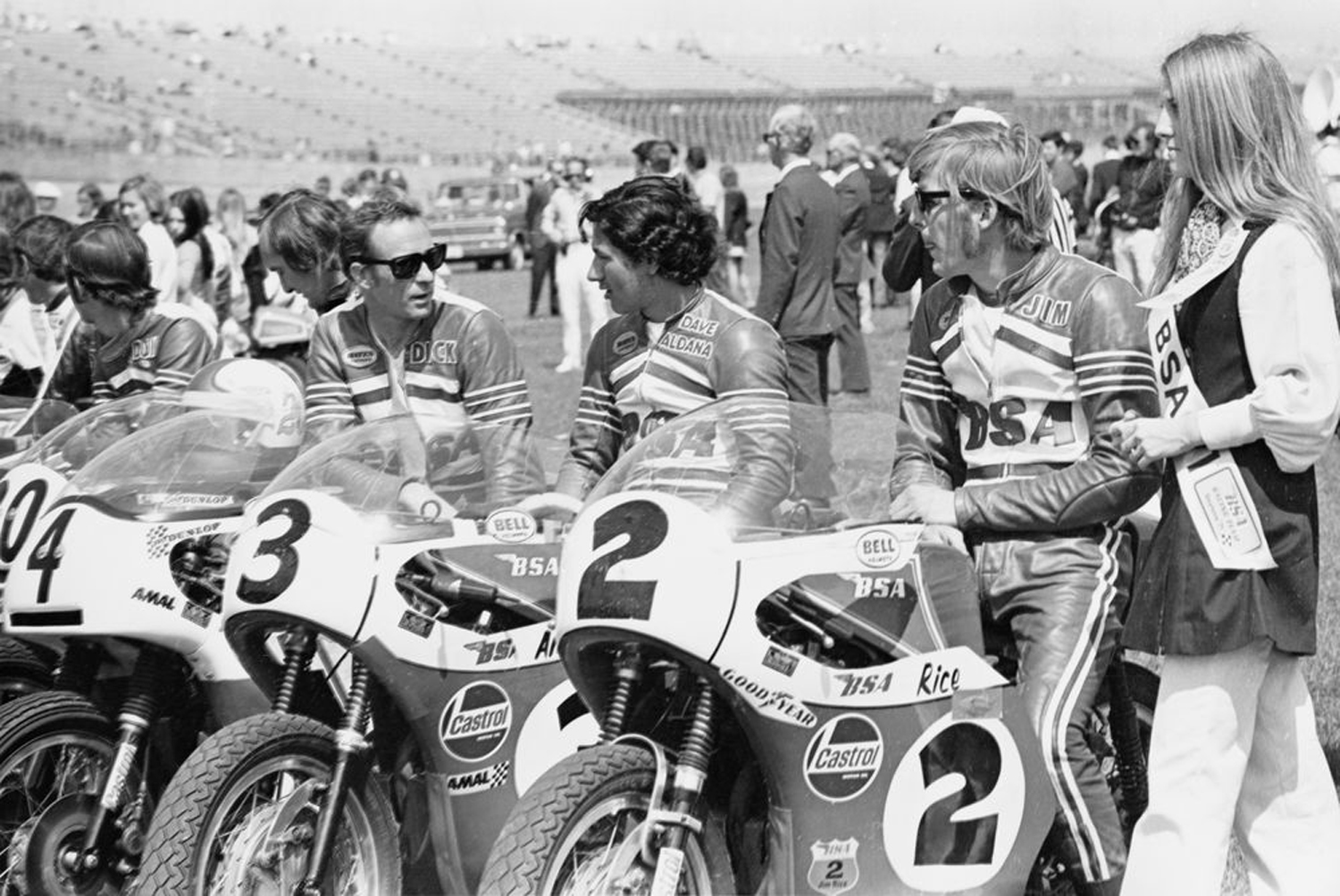 BSA factory team at Daytona (l-r) Don Emde, Mike Hailwood, Dick Mann, David Aldana, Jim Rice