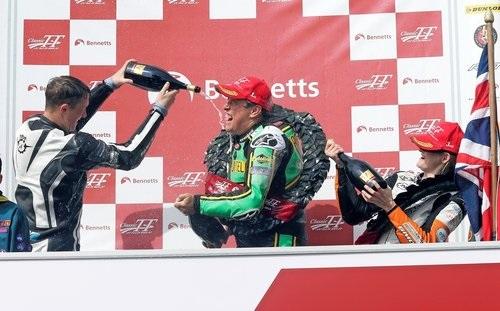 John McGuiness finally wins the Classic TT on the 500cc Paton