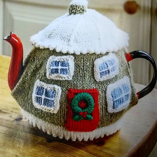 This exclusive knitting pattern is in our current issue, on sale now. A cosy cottage for your afternoon cuppa or a cherished gift to knit for a friend. #knitting #knittingpattern #tea #teacosy #cottage #timefortea #teapot #dkyarn #stockingstitch #christmascottage #christmasgift #makeyourown #craft #getaheadforchristmas #landscapemag #landscapemagazine