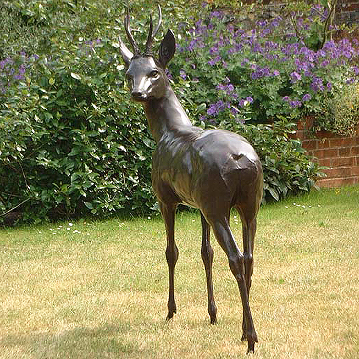 LIFE-SIZE ROE BUCK