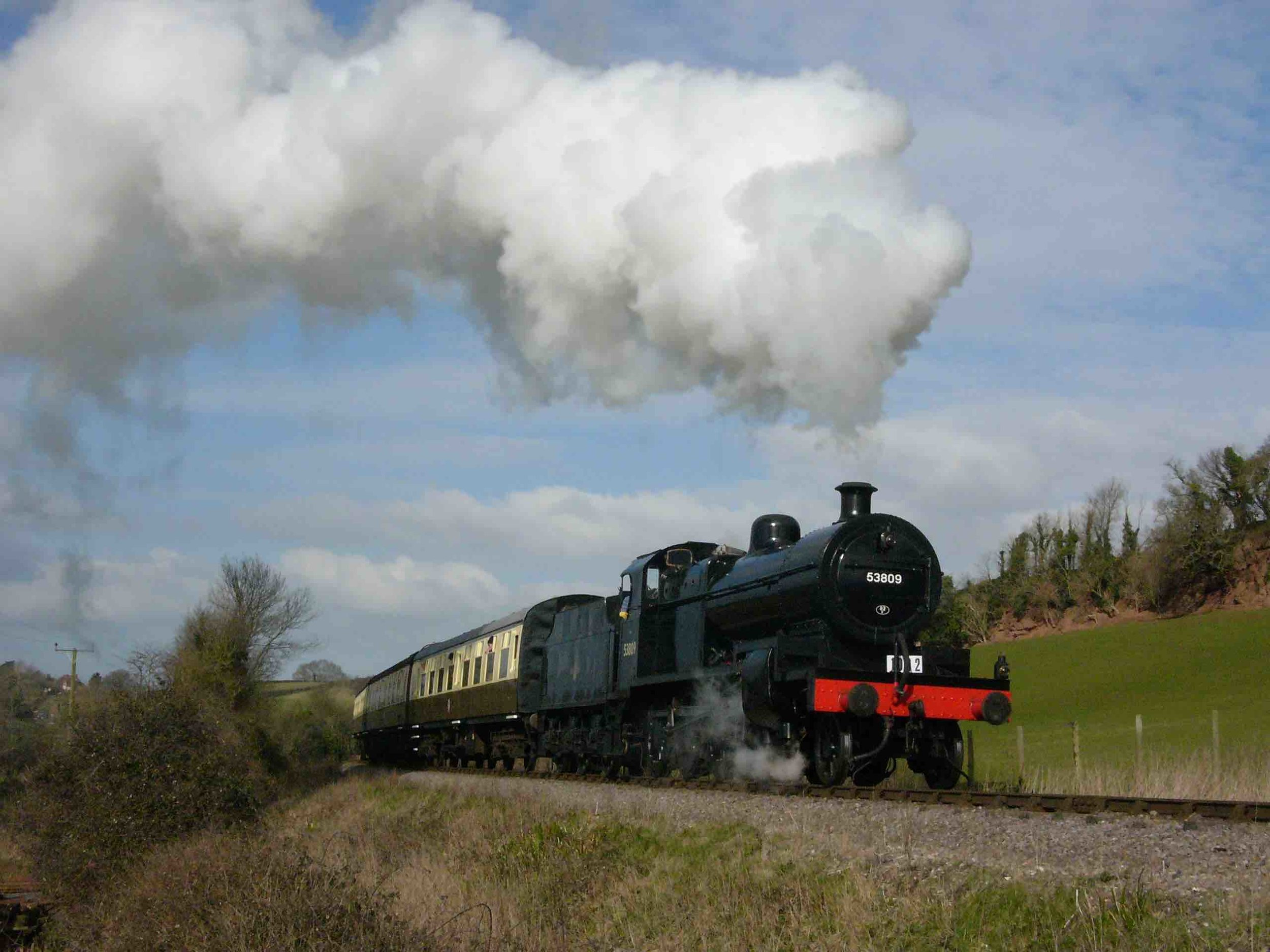 '7F' No. 53809 climbs out of Sampford Brett cutting bound for Bishops Lydeard, during the WSR 'S&D 50' gala, March 5 2016. TOBY JENNINGS