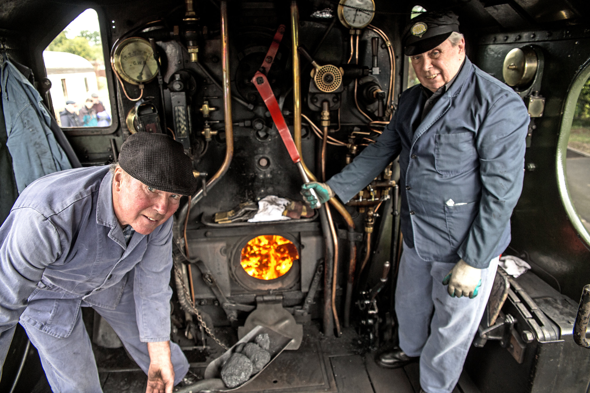On his penultimate driving turn, ex-BR footplateman Jeff Madge (right) shared the footplate with fellow ex-BR fireman Chris Smith on '28XX' No. 2807. MALCOLM RANIERI FRPS