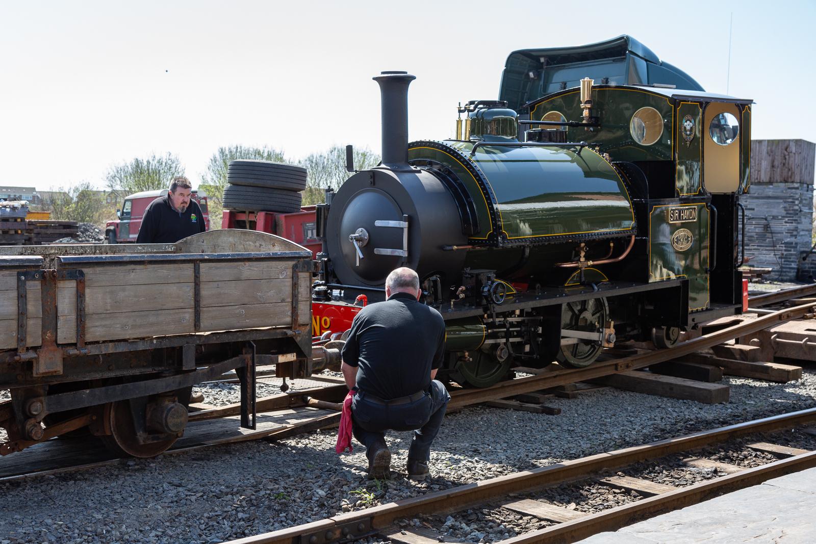 Tayllyn Railway No.3 'Sir Haydn' being unloaded at Tywyn Wharf station on Thursday April 19 2018. BARBARA FULLER