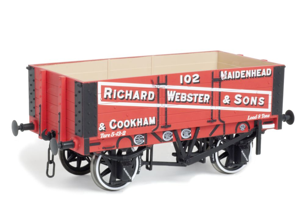 Dapol 5-plank Private Owner wagon