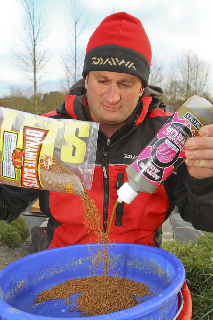 Hot chili /& hemp method mix for carp and coarse fishing